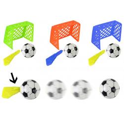 Fußballspiel mit Tor