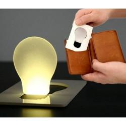 Ultra flache LED birne in Kreditkartengröße